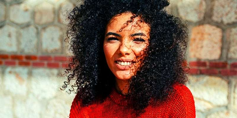 How To Get No Frizz Curls